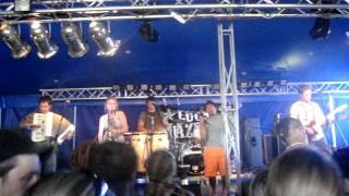Video Feher Fekete Kerek live on Mighty Sounds 2011