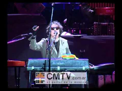 Charly García video El amor espera - Luna Park agosto 2012