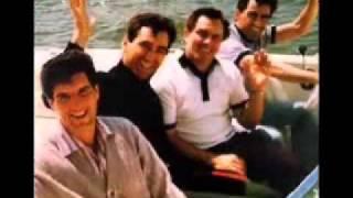 Frankie Valli & The Four Seasons - Walk Like A Man  ( 1962 )