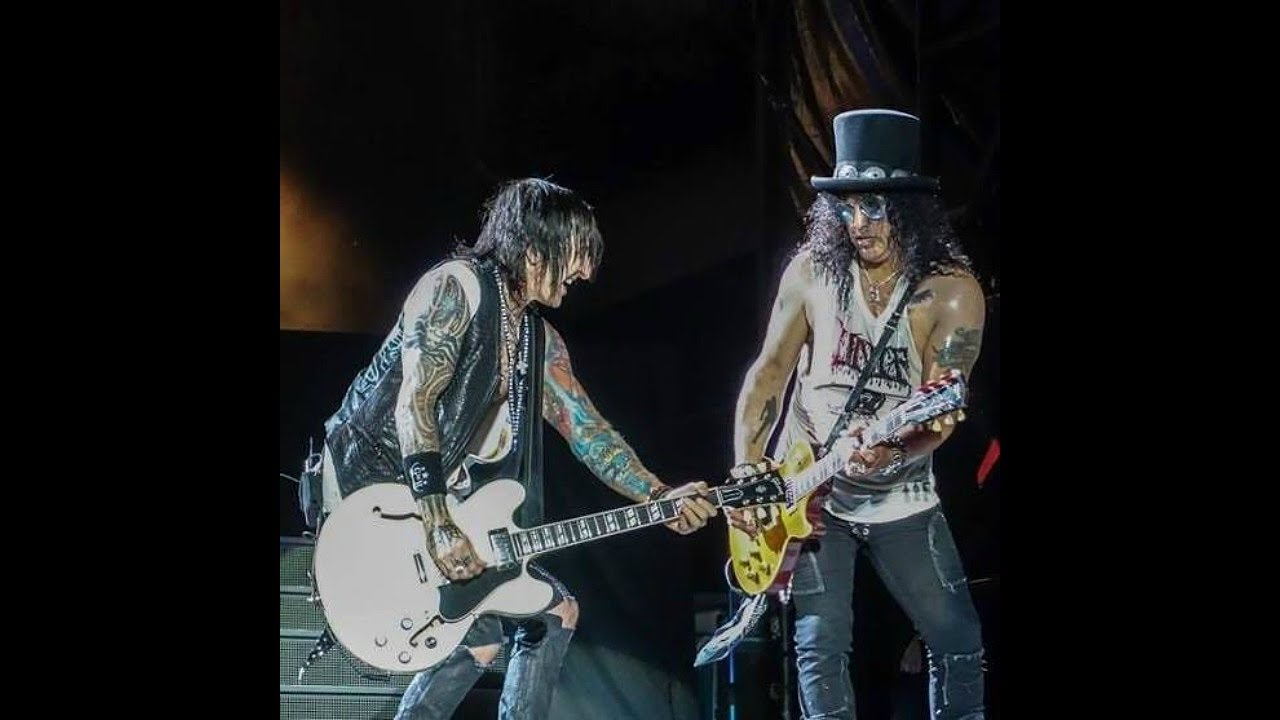 Cover image for #22 - RICHARD FORTUS