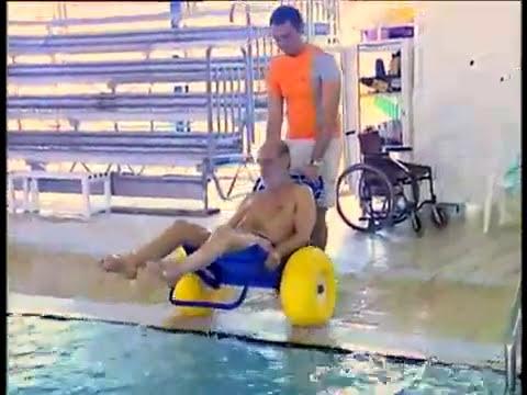 Job sedia per trasporto disabili piscina