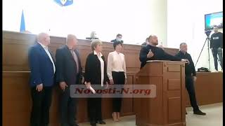 В Николаевском облсовете сессия сорвана: нет кворума, а ОПЗЖ устроили шоу