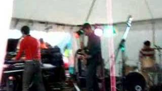Franz Ferdinand - Turn It On (Live)