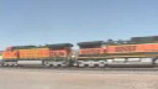 preview picture of video 'Repost BNSF in Kingman 2001'