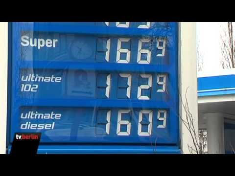 Wo das Benzin auf 25 Rubeln