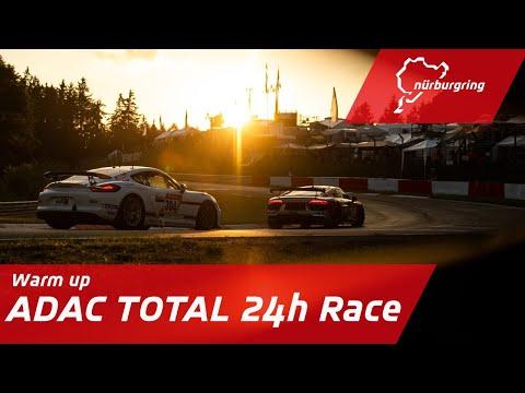 ニュルブルクリンク24時間レース 2020 レース前のウォームアップの様子を配信するYouTubeライブ配信