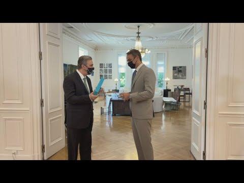 Βίντεο από τη συνάντηση του Πρωθυπουργού με τον πρ. του Διοικητικού Συμβουλίου του Ιδρύματος Ωνάση
