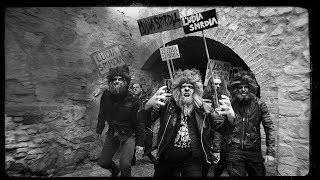 Video ČAD - Ľudia smrdia