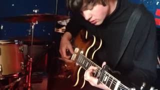 Neon Waltz - Baby's Arms (Kurt Vile cover)