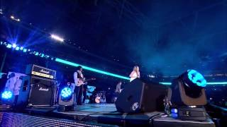 Joss Stone Jeff Beck Wembley Stadium rock at the NFL match!