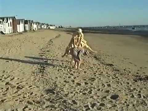 Jennifer Paterson's Diary - The Seaside (Oldie TV, 1997)