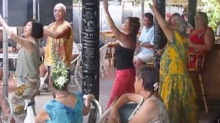 preview picture of video 'Hula at the Hotel Moloka'i'