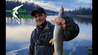 Рыбалка весной в пос рахья на карьера