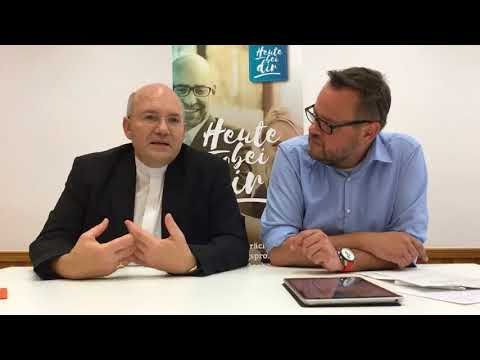 Erster Facebook-Livechat mit Bischof Helmut Dieser