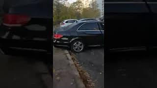 Пожар авто в Киеве: часто уничтоженные авто на недели и месяцы остаются во дворах на месте убийства.