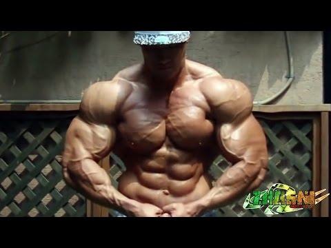 Comme gonfler vite les muscles pectoraux en un mois