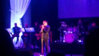 John Barrowman - You raise me up London Palladium 24/05/2015