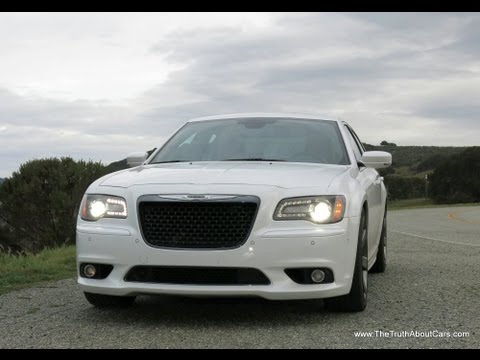 2014 Chrysler 300 SRT8 Review & Road Test