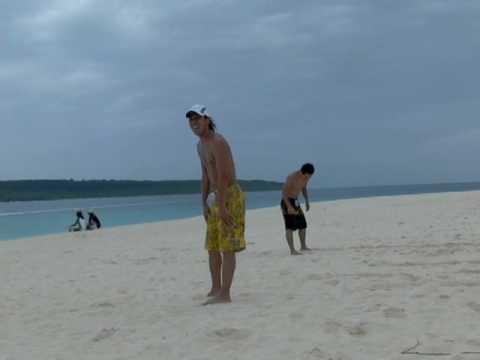 葛西選手の砂浜連続ジャンプ