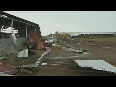 Κύπρος: Καταστροφές προκάλεσε ανεμοστρόβιλο