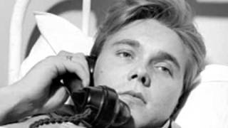 YouTube video E-card Halfway To Paradise  Billy Fury