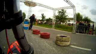 preview picture of video 'CBX 1000 VS CBX1000 Sprint Eeklo 2013 : 1/8 myl'
