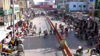 preview picture of video 'Rajshahi, Saheeb Bazar Road'