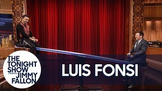La Voz Host Luis Fonsi Rides a Seesaw with Jimmy Fallon thumbnail