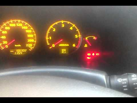 Der Ersatz des Motors das Benzin auf den Dieselmotor auf den Volkswagen