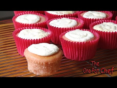Bake The Easiest Cupcakes Ever With This 2-Ingredient Recipe