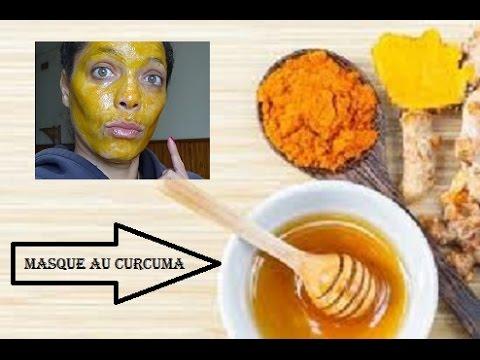 Le masque pour la personne des gruaux davoine et les vitamines et et e