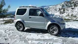preview picture of video 'Suzuki Jimny in Agros Cyprus Snow'