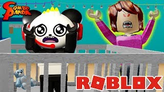 ESCAPE EVIL BABYSITTER IN ROBLOX ! Let's Play with Combo Panda