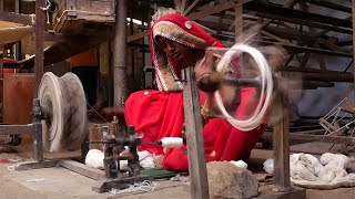 How was it made? Traditional Indian Weaving