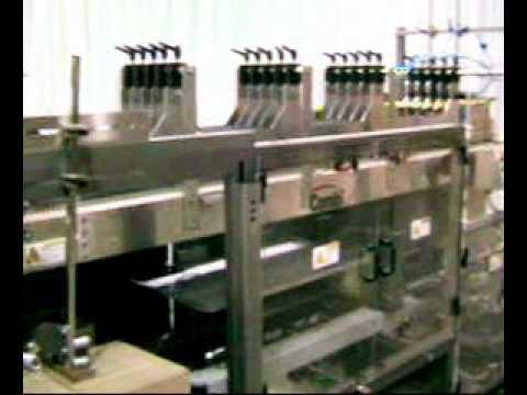 2-EZ HS DP Ketchup Squeeze Bottles High Speed Drop Packer