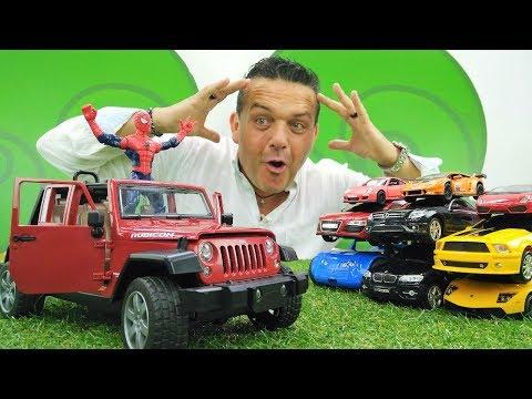 Coches de juguete. Un coche nuevo para el Hombre Araña.