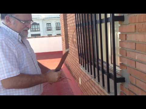 VR: ¿Como se utiliza  el cortaalambres del Cudeman boina verde?