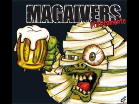 Sentado no bar - Magaivers