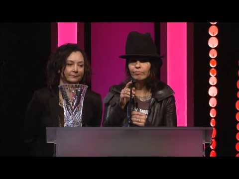 Linda Perry & Sara Gilbert remarks - 2016 LA Impact Awards