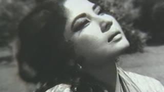 Humsafar Mere Humsafar - Dharmendra, Meena Kumari, Purnima Song