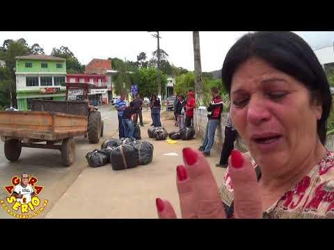Sônia Feirante chora apos a Apreensão das Mercadorias