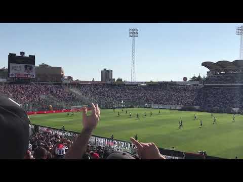 """""""Esta hinchada no te deja de alentar.. Colo Colo vs Curicó Unido"""" Barra: Garra Blanca • Club: Colo-Colo"""