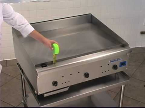 IGG-36/P Thermostatic Ribbed Propane Gas Griddle Product Video
