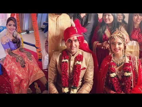'Nagarjun' Actress Pooja Banerjee TIES KNOT! |