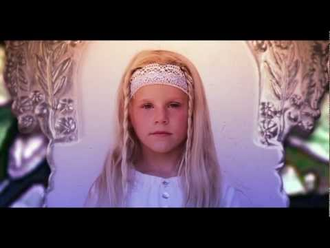 WATINE - CONNECTED QUEEN (video officielle 2012)