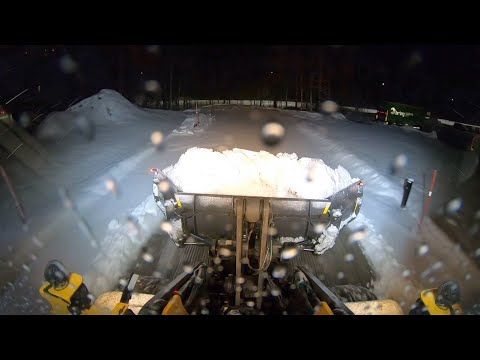 Pert3 2 Mar 2021. First video of the season (Volvo L90f with YPV snow plow)