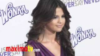 "фильм Never Say Never (никогда не говори никогда), SELENA GOMEZ at ""Never Say Never"" Premiere In Los Angeles"