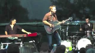 Brandon Rhyder performing Let The Good Times Roll