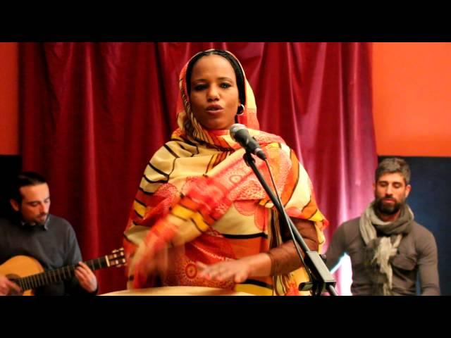 Aziza Brahim – Julud
