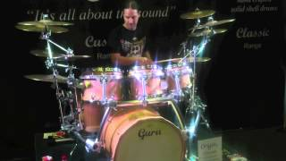 preview picture of video 'Derek Roddy drops in on Guru drums at the London Drum Show 2012'
